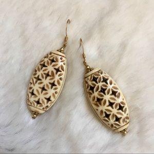 Ivory Bamboo Style Lattice Earrings!